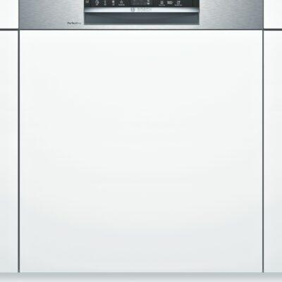 Les lave-vaisselles PerfectDry offrent les meilleurs résultats de séchage en étant économe en énergie et un espace supplémentaire pour tous vos petits objets difficiles à ranger.